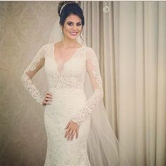 Como é maravilhoso ver o resultado de uma bela mulher dando vida aos nossos vestidos! Bruna Cunha, parabéns pelo casamento e pela beleza!!! Obrigado por nos escolher!!!@brunadcunha  Cerimonial: @brunaliviacerimonial  #wedding #weddingday #weddingdress #weddinghair #weddingparty #weddingphoto #weddingparty #bride #bridal #bridaldress #bridalstyle #hautecouture #noivas2017 #noivas2018 #noivadossonhos #noivalinda #party #bride #bridedress #enlacemaison #noivasuberaba #noivasuberlandia…