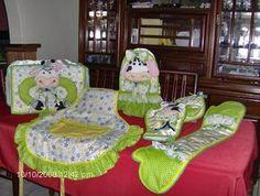 Mis trabajos de lenceria - Juego de cocina de vaquitas color verde
