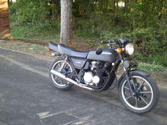 1981 Kawasaki KZ550 - $1000 (Champaign)