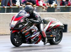 Congratulations to Mark Paquette on becoming the quickest Pro Street racer in the World this past weekend!  6.70!  #turbo #hayabusa #carbon