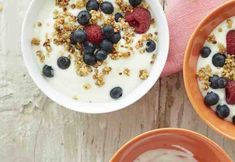 Sitruunarahkavaahto ja lesecrunchy Oatmeal, Breakfast, Food, The Oatmeal, Morning Coffee, Rolled Oats, Essen, Meals, Yemek