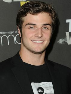 Beau Mirchoff stole our hearts from episode one of Awkward!