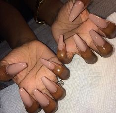 In look for some nail designs and ideas for the nails? Here's our list of 31 must-try coffin acrylic nails for trendy women. Perfect Nails, Gorgeous Nails, Pretty Nails, Girls Nails, Pink Nails, Black Nails, Beige Nails, Brown Nails, French Nails Glitter
