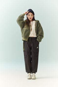 New Balance, Cool Girl, My Girl, Brand Magazine, Crochet Bedspread Pattern, Love U Forever, Top Photo, Korean Girl, Pretty Girls