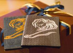Вышитые обложки для паспорта #embroidery