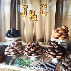 Event # 4 for this weekend is underway featuring a delicious looking Donut Bar. Eat your dinner first! Congratulations Jayne and Corey #levinzook #marylandwedding #baltimorewedding #elizabethbaileyweddings