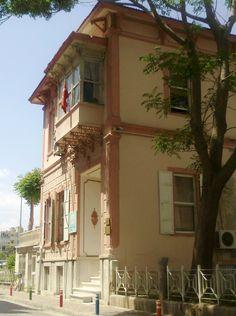 İzmir'in eski evleri