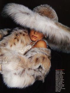 Lynx fur Add me, Pin it, Share it! Fur Fashion, Winter Fashion, Womens Fashion, Fashion News, Fur Accessories, Fabulous Furs, Love Hat, Vintage Fur, Hats For Women