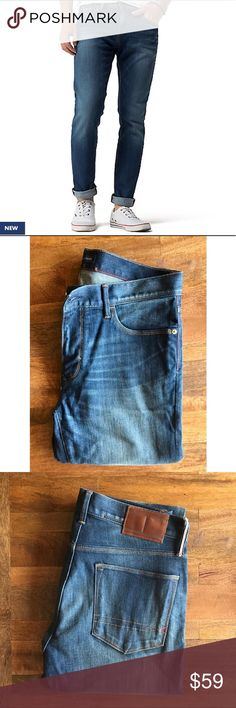 TOMMY HILFIGER SLIM JEANS • TOMMY HILFIGER SLIM JEANS • Size 32/32 Slim fit • Condition: Never worn! Too big on my husband. However, as you can on back of jeans, there are some scratches on the leather patch which were there upon purchase of denim Tommy Hilfiger Jeans Slim