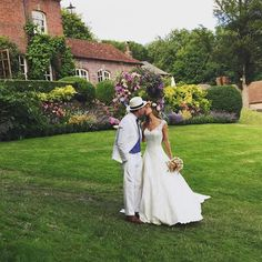 Guy Ritchie married his partner of five years, model Jacqui Ainsley, in a gorgeous ceremony in Wiltshire, England on July 30, 2015. The stunning bride donned an elegant white lace gown and a floral wreath in her hair as she exchanged vows with her director husband. The celebration boasted an A-list guest list including David Beckham and Brad Pitt.