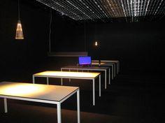 """Laboratorio de iluminación, proyecto """"Oficina para vivir"""", de Jean Nouvel. ISaloni2013, Milán. (Foto: Elizabeth Palacios/Ointeriores) http://www.obrasweb.mx/milan-2013"""
