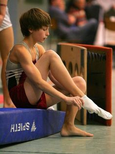 Gymnastic Boys in Euro Young Cute Boys, Cute Teenage Boys, Teen Boys, Body Reference, Art Reference Poses, Photo Reference, Human Poses, Male Poses, Beautiful Boys