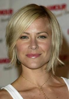 Medium Hair Styles For Women Over 40 oblong face | short haircuts for round faces. Round/Square Face Haircuts