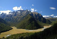New Zealand Travel Information and Travel Guide - Lonely Planet