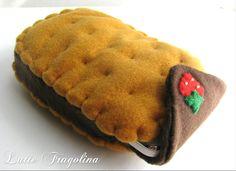 Ice cream sandwich felt food phone cell case by Latte Fragolina.
