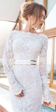 Wonderful Perfect Wedding Dress For The Bride Ideas. Ineffable Perfect Wedding Dress For The Bride Ideas. Long Sleeve Wedding, Wedding Dress Sleeves, Elegant Wedding Dress, Cheap Wedding Dress, Dream Wedding Dresses, Bridal Dresses, Dresses Dresses, Wedding Dress With Gold, Dress Lace