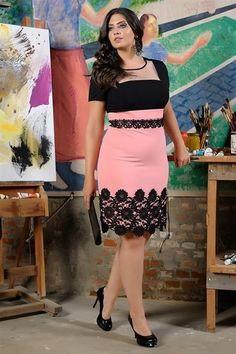 Vestido Cotia - Cassia Segeti Curvy Girl Fashion, Plus Size Fashion, Womens Fashion, Nice Dresses, Prom Dresses, Formal Dresses, Karen, Red Carpet Dresses, Classy Dress