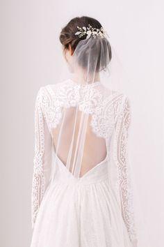 Elvie gold mother of pearl floral wedding hair vine - Guide to wedding veils | Britten Weddings