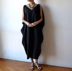Caftan noir / muumuu / caftan robe noire / boho par MuguetMilan