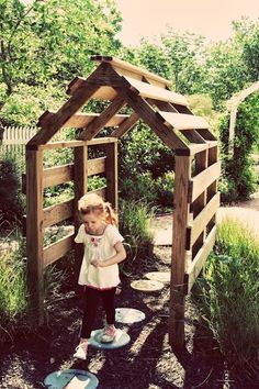 let the children play: 20 Playful Ideas for using Pallets at Preschool - a pallet house!
