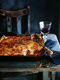 DONNA HAY'S LASAGNE with SLOW-COOKED MALT VINEGAR, THYME, SMOKED PAPRIKA & CAYENNE SHREDDED PORK SHOULDER [Donna Hay]