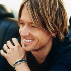 Keith Urban ~ Great artist and just a very humble and nice man. Nicole and Keith are two great people!
