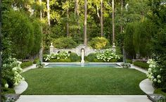 Classic Garden for a Classic House: Greystone by Howard Design Studio - Stylish Eve Spring Landscape, Garden Landscape Design, Formal Gardens, Outdoor Gardens, Indoor Gardening, Large Water Features, Classic Garden, Classic House, White Gardens