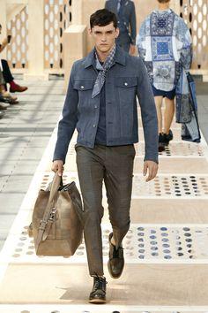 #youcancallmehitch #barneybarrett #minimalism #fashion #style #bandana #LV #barney_barrett #louis_vuitton
