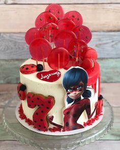 Lady Bug # sweetness and joy # sweetheart – Lace Wedding Cake Ideas Festa Lady Bag, Birthday Cake Girls Teenager, Miraculous Ladybug Party, Ladybug Cakes, Character Cakes, Buttercream Cake, Cupcake Cakes, Cake Decorating, Sweet
