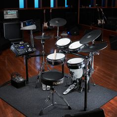 Roland V-Drums . I use a set of roland electronic drums in my teaching studio so my neighbors won't hate me. Electric Drum Set, Electric Music, Electric Guitars, Roland V Drums, Digital Drums, Cable Drum, Drum Room, Drums Beats, Drum Lessons