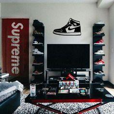 Bedroom Setup, Bedroom Red, Room Ideas Bedroom, Shoe Room, Shoe Wall, Tomboy Room Ideas, Hypebeast Room, Man Cave Room, Red Rooms