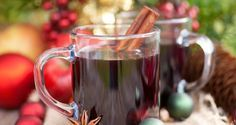 Mulled sweet wine – Glühwein by Greek chef Akis Petretzikis. The perfect drink for the holidays or cold weather that will warm you up in the most delicious way! Merry Christmas Baby, Christmas Sweets, Mexican Bean Salad, Tea Smoothies, Greek Desserts, Sweet Wine, Xmas Food, Mulled Wine, Pinterest Recipes