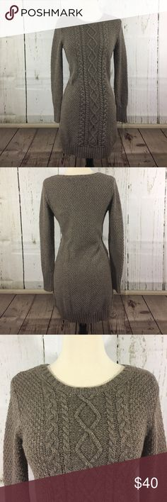 """🎀Banana Republic Sweater Dress/Tunic🎀 So cozy, would look great just with black tights and knee high boots or over some fitted jeans! In excellent used condition! This is a taupe color and its length is 35"""". Banana Republic Dresses"""