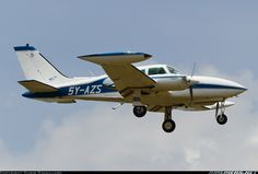 Cessna 310R aircraft picture