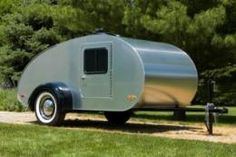DIY teardrop travel trailer... one day is one day!