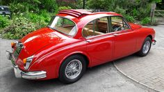 Classic Car News Pics And Videos From Around The World Jaguar S Type, Jaguar Cars, Jaguar Daimler, Alfa Romeo Spider, E Type, Car In The World, Dream Garage, Mk1, Car Ins