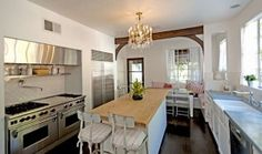 It's Complicated house for sale kitchen 2