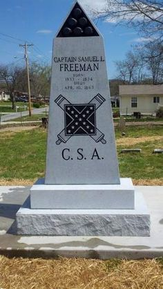 Freemans Battery-Forrests Artillery, a Civil War reenactment unit in Savannah, has erected this monument in Spring Hill Cemetery to mark the grave of Confederate Capt. Samuel Freeman who was killed in battle in 1863 between Franklin and Thompsons Station. Confederate Monuments, Confederate States Of America, Unusual Headstones, War Memorials, Southern Heritage, Ga In, Spring Hill, Veterans Memorial, American Civil War