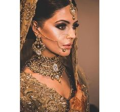 Walima Dress, Pakistani Wedding Dresses, Indian Look, T Dress, Royal Brides, Desi Clothes, Indian Beauty, Wedding Jewelry, Marriage