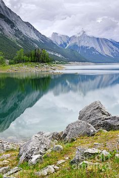 Medicine Lake, Jasper National Park, Canada; photo by Elena Elisseeva
