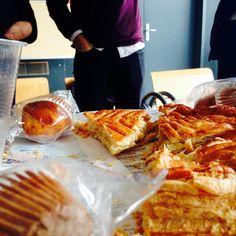 Moment galette des rois avec la LPJP ! #galettedesrois #roi #reine #cidre