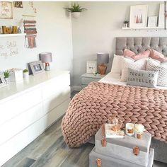 Perfect Dream Room Ideas For Girl Bedroom Designs « mistertekno. Bedroom Decor For Teen Girls, Cute Bedroom Ideas, Teen Room Decor, Girl Bedroom Designs, Room Ideas Bedroom, Home Decor Bedroom, Bedroom Kids, Bedroom Inspo, Teen Room Designs