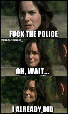 The Walking Dead funny memes Walking Dead Jokes, Fear The Walking Dead, Walking Dead Zombies, Most Hilarious Memes, Funny Memes, Funny Stuff, Funny Gags, Funniest Memes, Supernatural