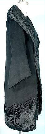 c. 1925 RARE NUMBERED COUTURE BEER, 7 Place Vendome, Paris Black Wool Wrap Coat with Awesome Detailing. Sideway