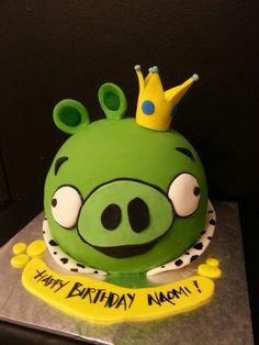 King Pig - angry birds cake