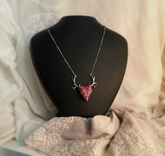 Dragon head Necklace, pink and silver