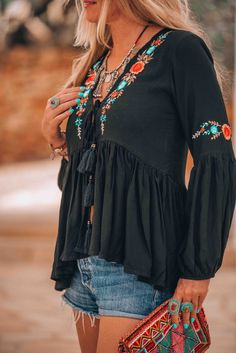 boho fashion bohemian ibiza look - boho fashion bohemian ibiza look boho fashion bohemian ibiza look Looks Boho Chic, Look Hippie Chic, Gypsy Style, Hippie Style, Ibiza Fashion, Trendy Fashion, Womens Fashion, Bohemian Fashion, Bohemian Outfit