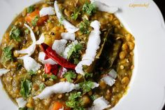 Oriya Special Dalma Recipe (Lentils Cooked With Vegetables & Raw Papaya)