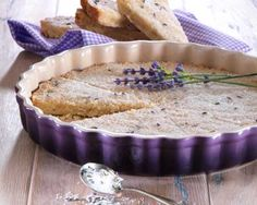 Le Creuset Stoneware 24cm Fluted Flan Dish Cassis