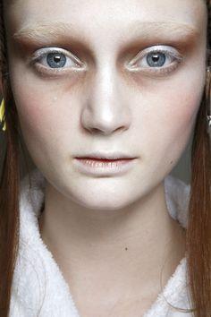 Alexander Mcqueen Bks Bis Fall 2014. http://adventuresfortwo.com/ #makeup…